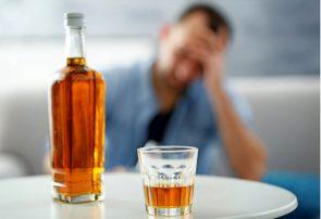 الکل تقلبی ۲۰ نفر را در کهگیلویه و بویراحمد مسموم کرد/ جان یک نفر را هم گرفت