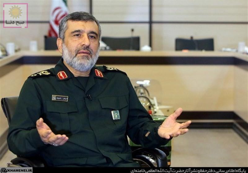 سردار حاجی زاده: در بالاترین سطح آمادگی دفاعی قرار داریم/ مشکل امروز کشور اقتصاد است