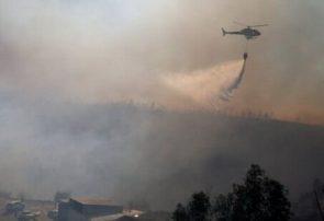 اعزام ۵ هواپیمای آبپاش و بالگرد برای خاموش کردن آتش سوزی جنگلهای گچساران ومها ۹۵ درصدی اتش